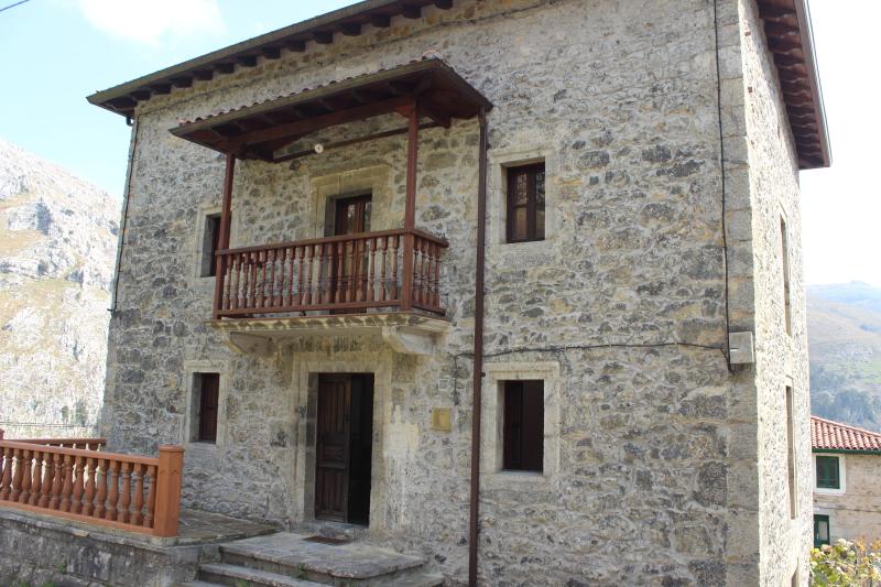 Casa en venta en la cantolla mirones cantabria - Venta de casas rurales en cantabria ...