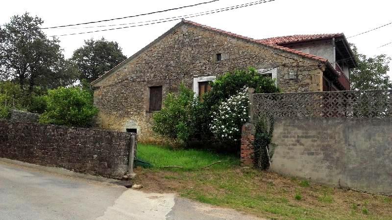 Casa de piedra de 490 m2 y terreno de 400 m2 en navajeda entrambasaguas cantabria - Terenes casa rural ...