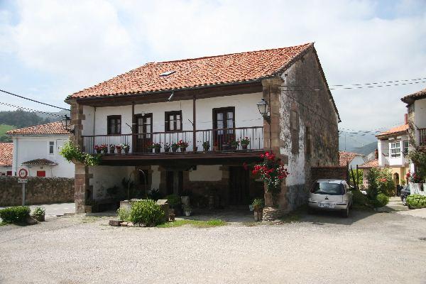 Casona monta esa de 260 m2 en viernoles cantabria - Casas en cantabria ...