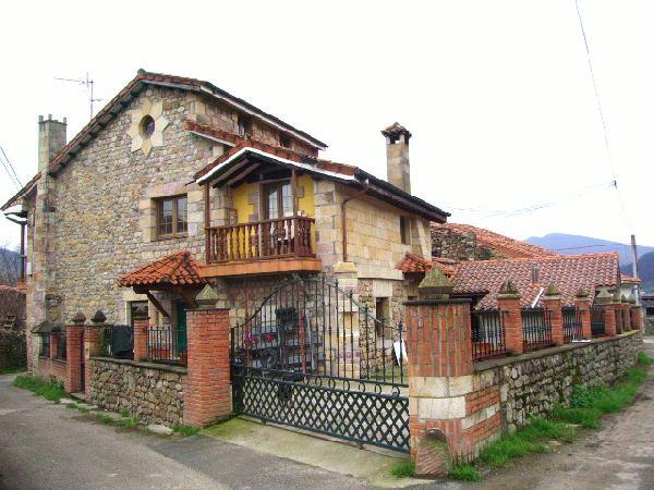 Casa rural en los corrales de buelna - Casa rustica cantabria ...