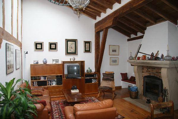 Casa rustica pareada de 200m2 y jard n de unos 100m2 for Jardines de casas rusticas