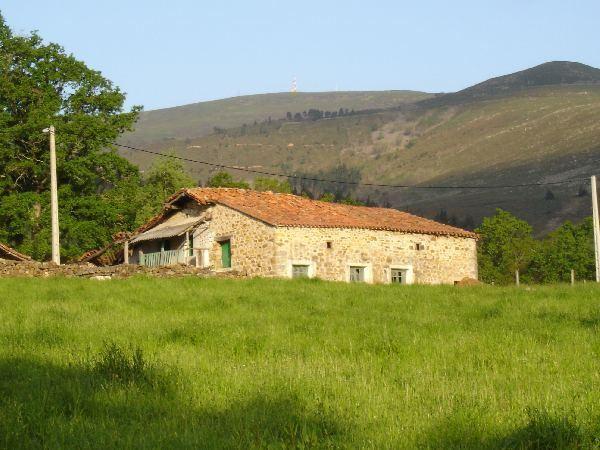 Casa rural en luena - Venta de casas rurales en cantabria ...
